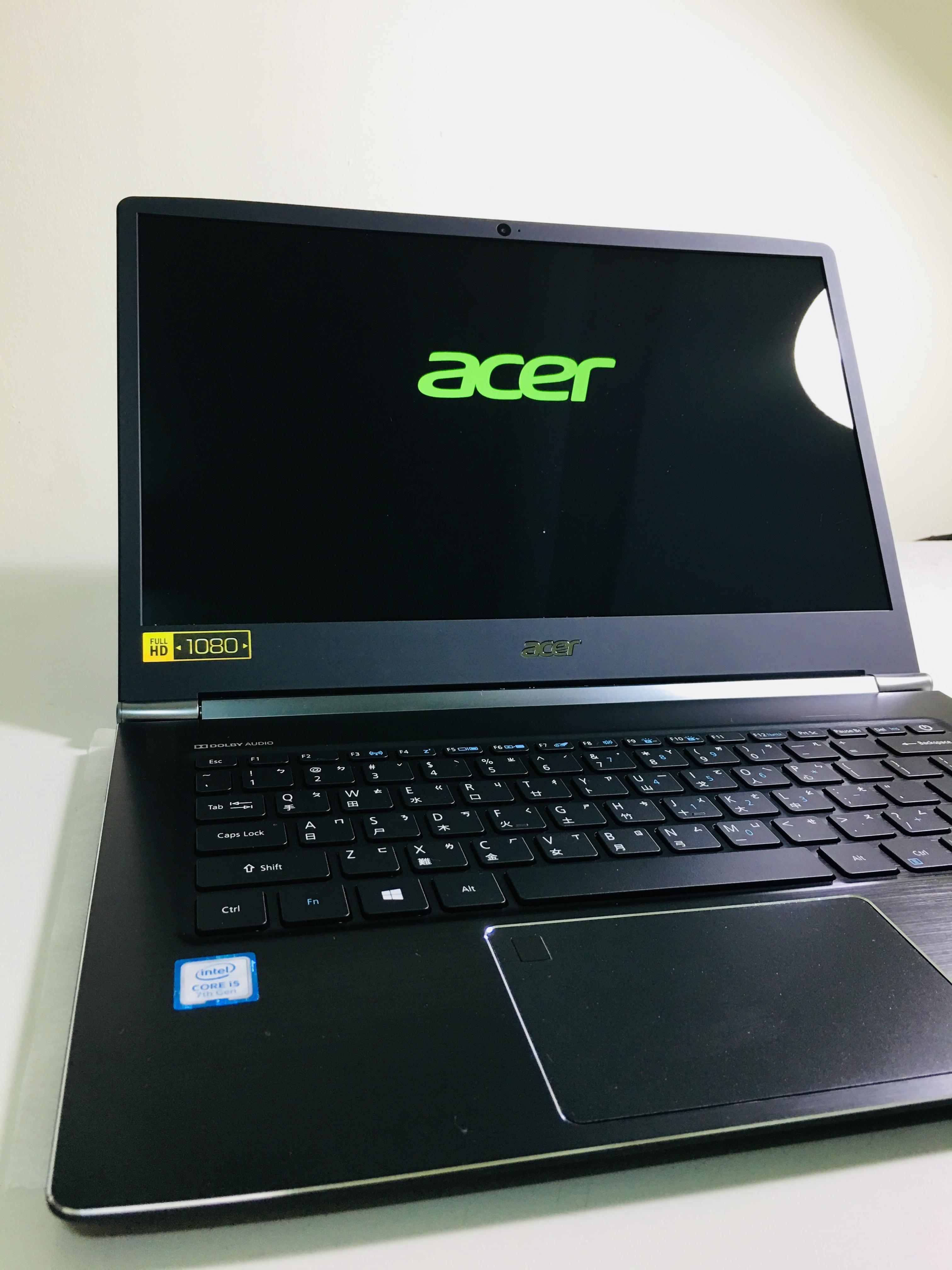 具備 14 吋 IPS 面板顯示螢幕,螢幕解析度則為 1920 X 1080 Full HD 配置