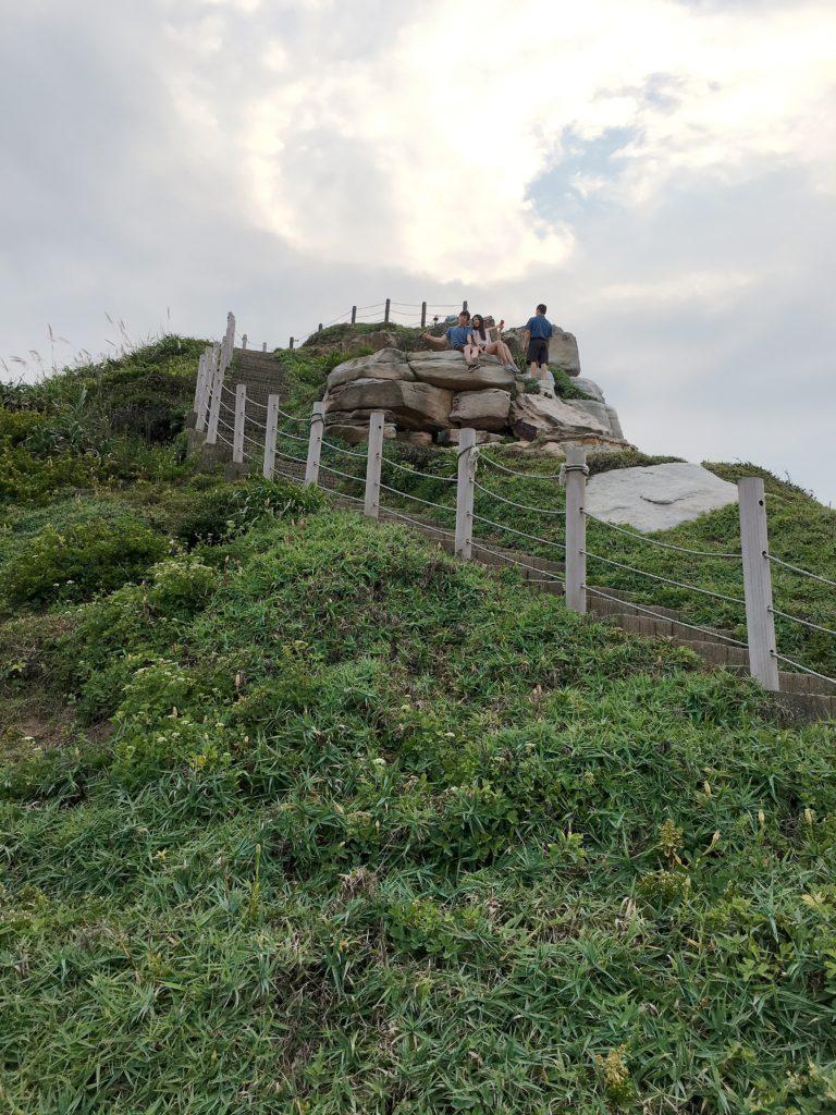如果體力允許,可以登上獅頭山公園的步道眺望遠方,美景亦是美不勝收,更是拍照的好地點